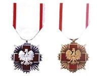 odznaki honorowe pck